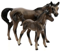 Hagen-Renaker Miniature Ceramic Horse Figurine Thoroughbred Mare and Colt Set