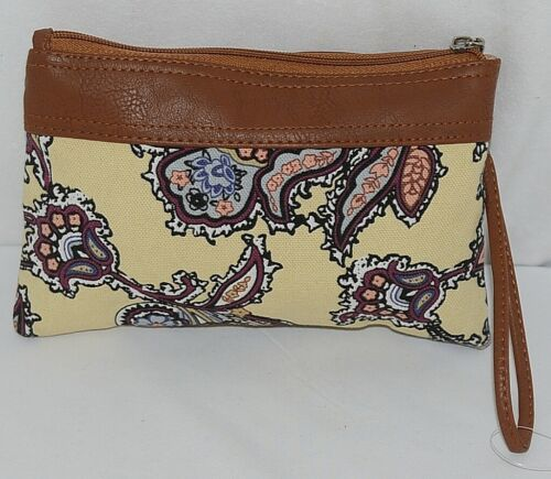 Howards Brand  Womens Zipper Clutch With Detachable Carrying Strap