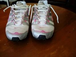 Girls Size 4Y Nike Running Shoe - $18.70