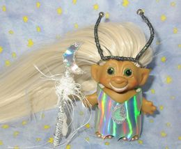 SMILING ROOTIE 3-IN Custom Troll Doll rooted vintage 60s Martian Moon Wand Alien image 3