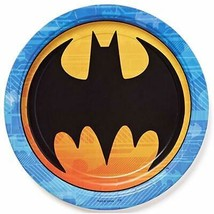 Batman DC Round Lunch Dinner Plates 8 Per Package Birthday Party Supplies NEW - $3.91