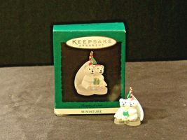 Hallmark Handcrafted Ornaments AA-191774F Collectible ( 3 pieces ) image 4