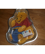 Vintage 1998 WILTON POOH CAKE PAN WITH INSTRUCTIONS - $21.60