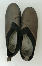 Cloudsteppers by Clarks Women's Comfort Shoes Size 10 Med Pewter Metallic  - $21.66