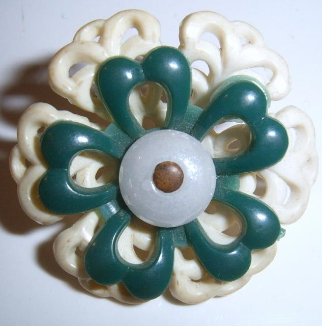 Floral button 3 part
