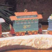 Hallmark Keepsake Ornament – Claus & Co. R.R. Passenger Car – Third in Series (X - $4.95