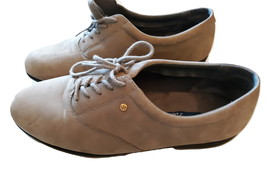 """Easy Spirit """"Motion"""" Women's Leather Anti-Gravity Shoes Size 8 Wide 2E/D  - $30.00"""