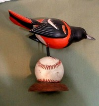 BALTIMORE ORIOLE BIRD ON BALL DECOY SIGNED BILL ZACK WARD CRISFIELD MD  - $500.00