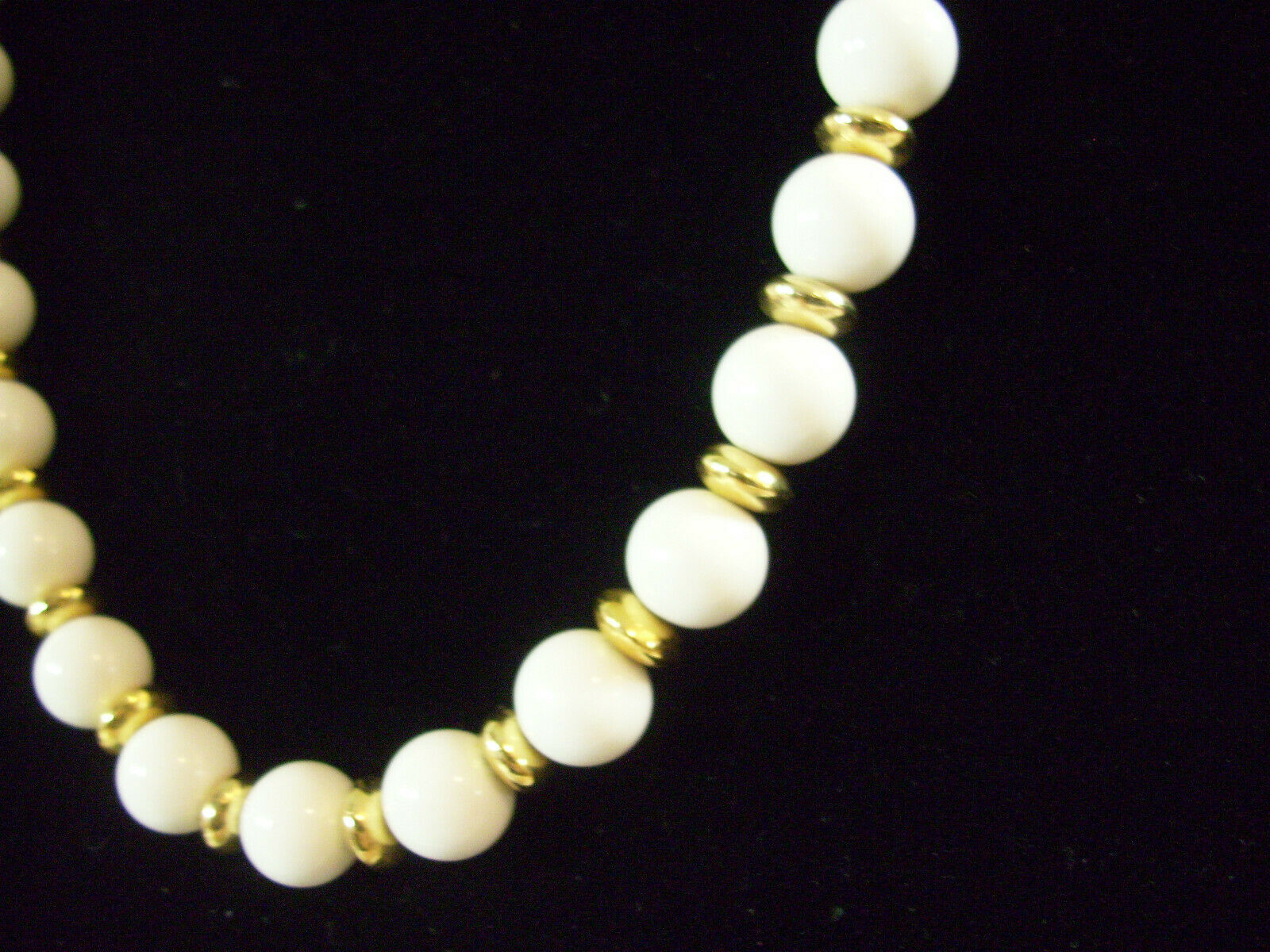 Trifari White Beads Gold Plate Spacers Necklace Strand String Elegant Classic image 4