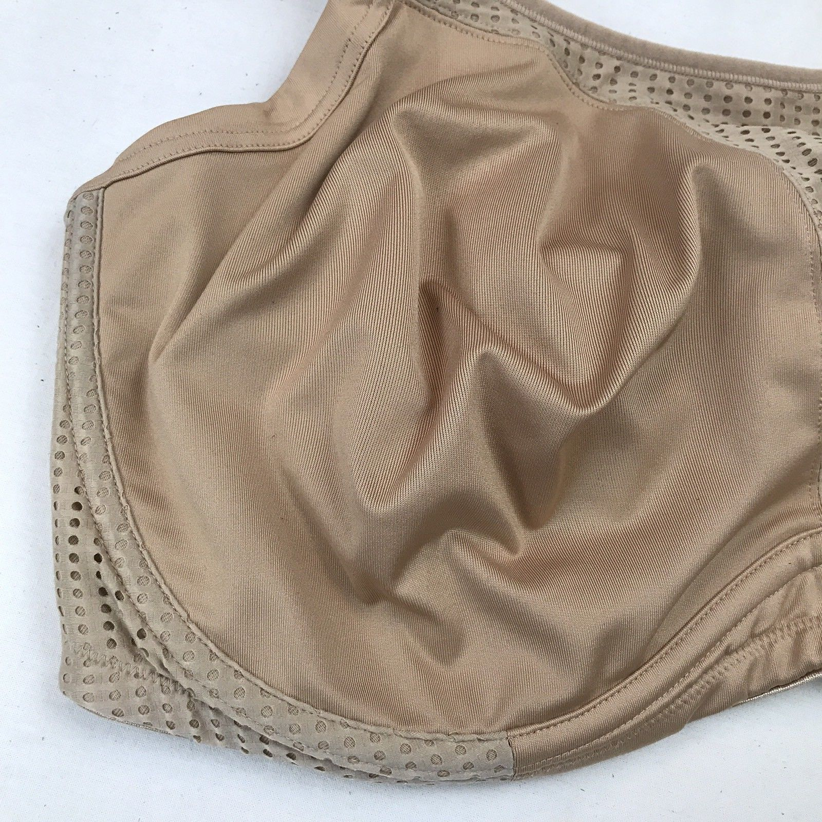 57a137e3281 Soma 44G Bra Sport Max Support Underwire  1216 Beige Mesh Side MSRP  65