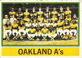 1976 Topps #421 Oakland Athletics > Rollie Fingers > Billy Williams > D - $0.99
