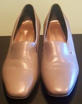 Pre Owned Women's Grey Naturalizer Flex Dress Shoes-8W - $28.71