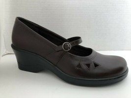 Clarks Shoes Womens Size 6.5 M Brown Mary Jane Loafers 6 1/2 M 70185 Brazil - $41.80