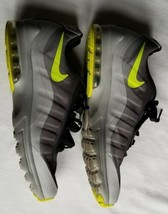 NIKE AIR MAX INVIGOR PRINT MEN'S ATHLETIC SNEAKERS Sz 10 GRAY (749688-070) - $30.00