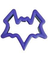Halloween Comfort Grip Bat Cookie Cutter Wilton Plastic - $3.88 CAD