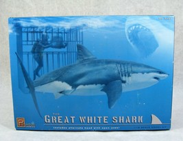 PEGASUS THE GREAT WHITE SHARK W/ DIVER AND CAGE 1:18 SCALE MODEL KIT NEW... - $69.29