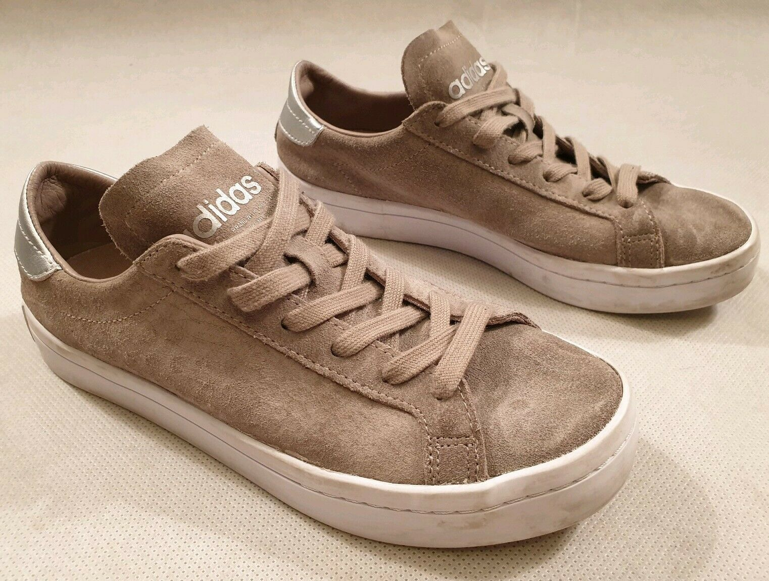 Primary image for Adidas Beige Suede Trainers Lace Trainers Art CG2704 UK Size 4 EU 36.5 RRP £70