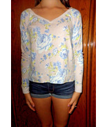 Abercrombie & Fitch Cropped Floral Top sz XS - $19.79