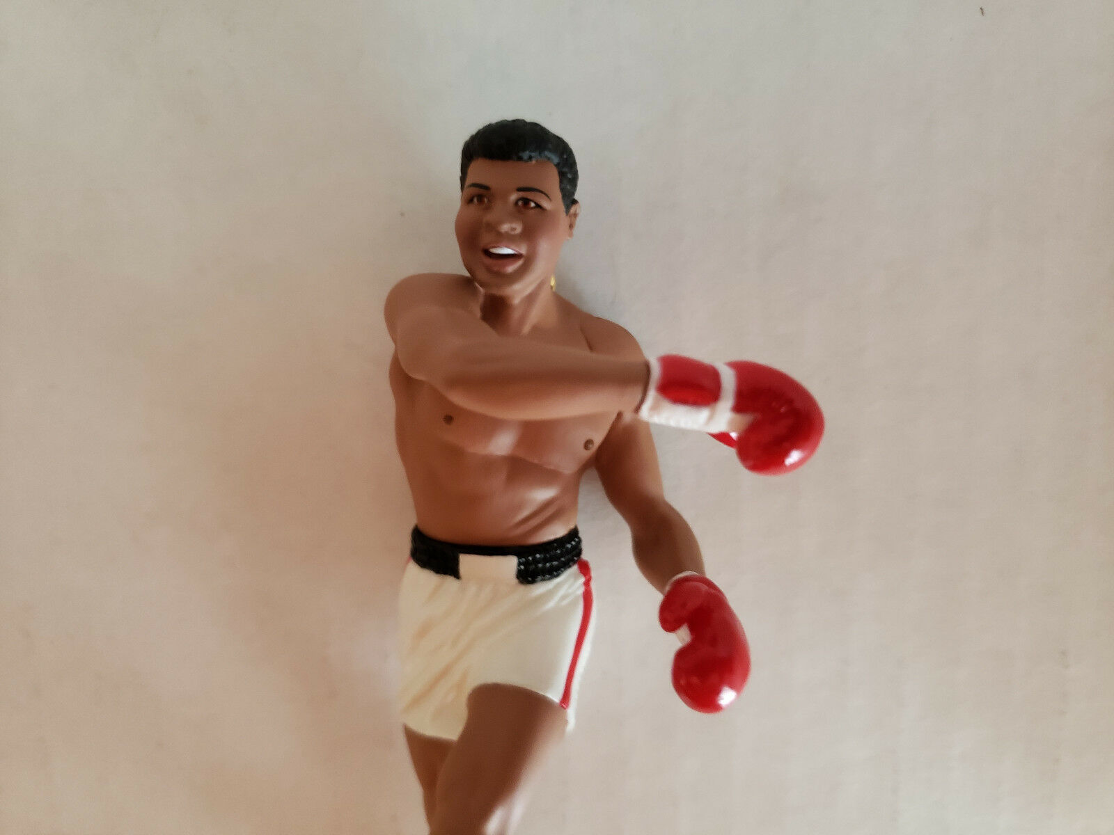 1999 Muhammad Ali Boxing Great Hallmark Keepsake Christmas Ornament Orig. Box image 4