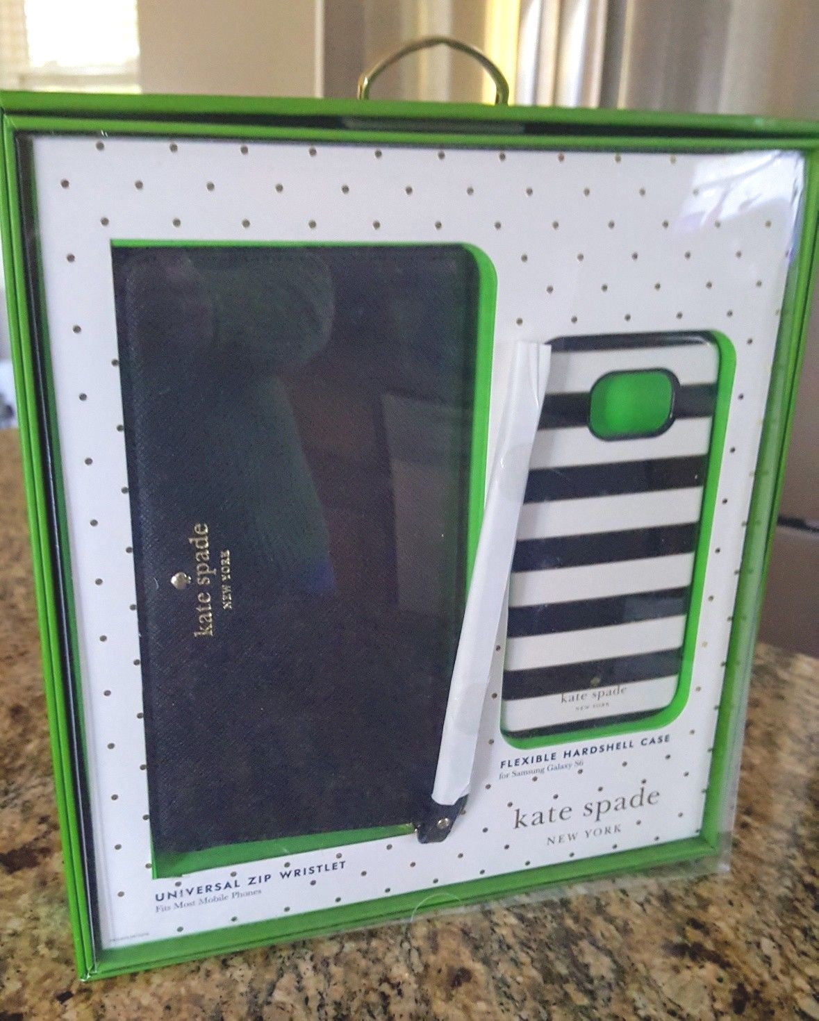Primary image for KATE SPADE New York Universal Zip Wristlet w/Phone Hard case Gift Set NIB WT