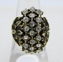 VTG Gold Tone Clear Glass Rhinestone Flower Ring Size 7.5 Embossed Band - $27.32