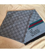 "New gucci scarf size 72/28"" - $75.00"