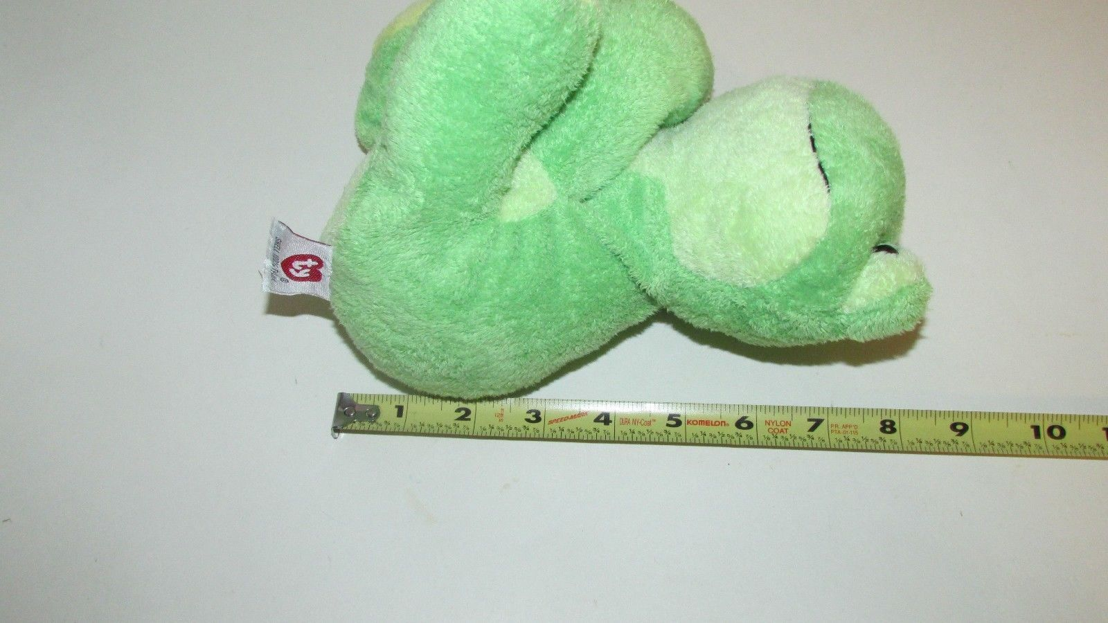 Ty Pluffies Leapers Frog Plush Green yellow Stuffed Animal 2006 Tylux sitting
