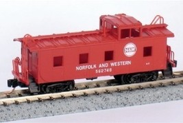 Micro Trains 100170 NW Caboose 562748 - $20.25