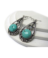 Round Turquoise And Antique Silver Rhinestone D... - $8.00