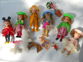 Lot Of Vintage Mcdonalds Dolls And Others - $24.74