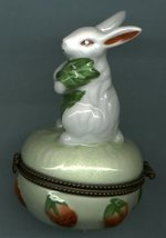 BUNNY RABBIT WITH STRAWBERRIES HINGED BOX - £8.48 GBP