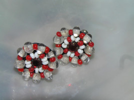 Vintage Small Alternating Clear White & Red Bead w Rhinestone Center Scr... - $8.59