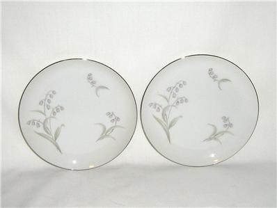 James Chatelaine Lillies 6 Bread and Butter Plates Lilys