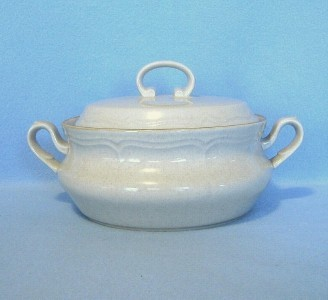 Primary image for Hearthside Classics Round Covered Vegetable Serving Bowl See Listing for Matches