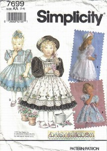 Simplicity Pattern 7699 Daisy Kingdom Dresses Pinafores Sizes 2 3 4