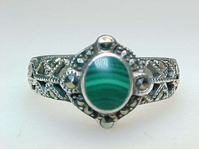 Primary image for Genuine MALACHITE & MARCASITES Vintage RING in STERLING SILVER - Size 7