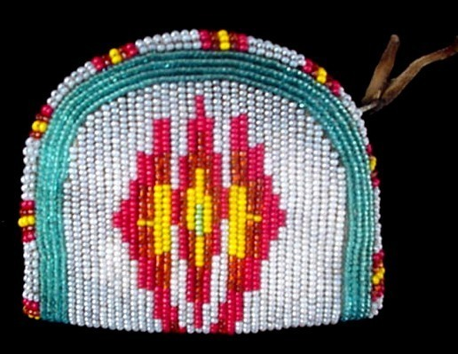 Old Native American Indian Beaded Coin Change Purse