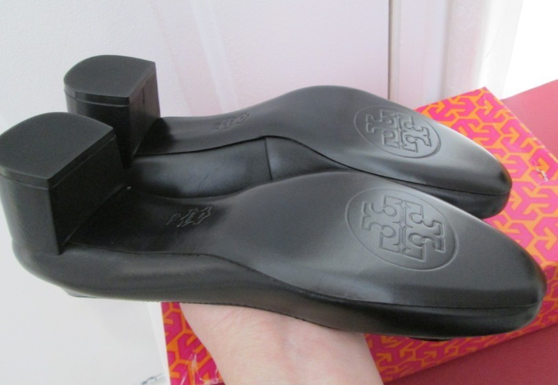 NIB 100% AUTH TORY BURCH Rebekah Black Leather Pumps SIZE 8