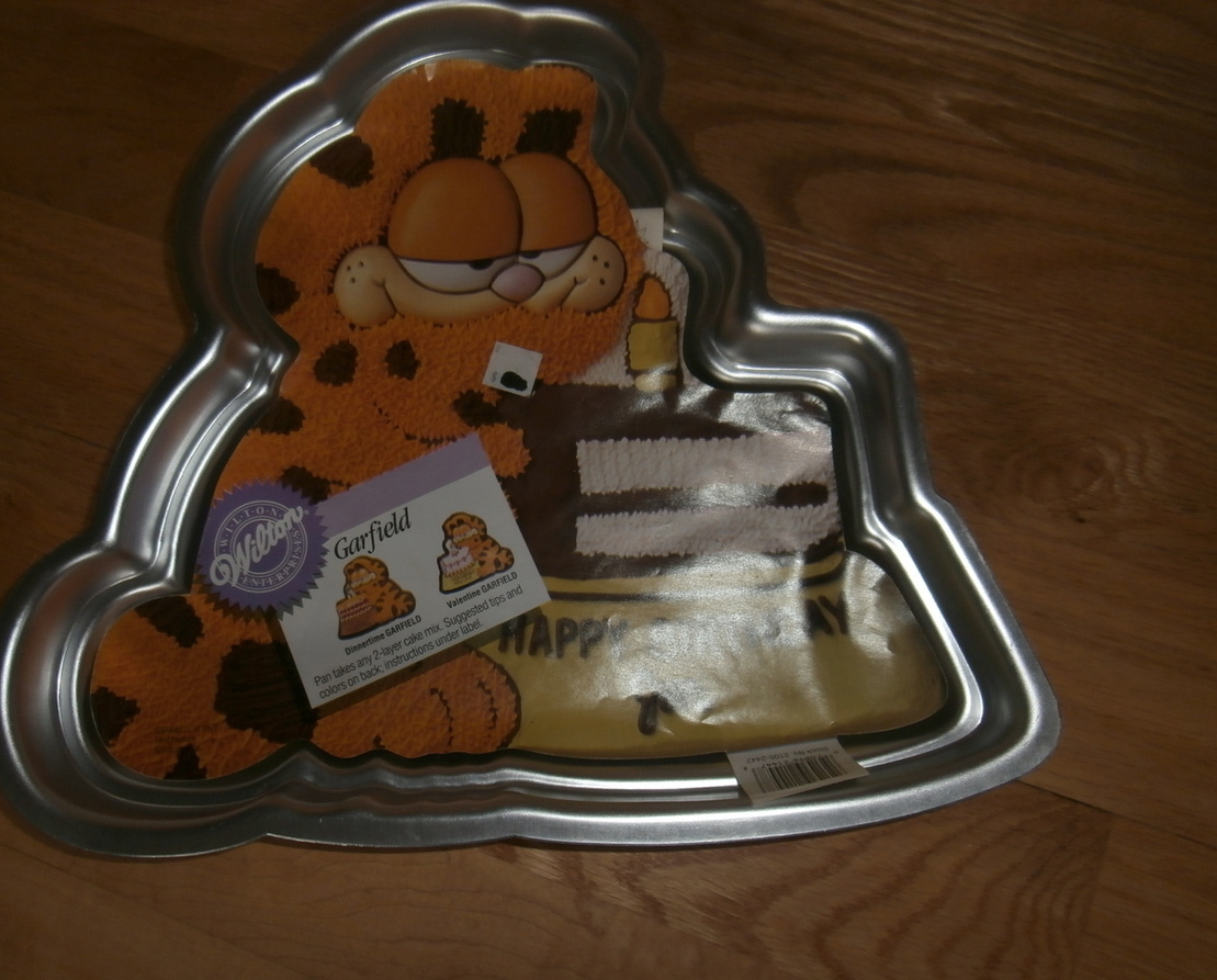 Garfield Cake Pan Instructions