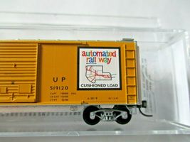 Micro-Trains # 02300362 Union Pacific 40' Standard Boxcar Double Doors N-Scale image 3