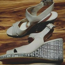 Calvin Klein Womens 8 M Vegan Leather Cocoon Beige Wedge Heel Sandals NWOT VTG  - $31.99