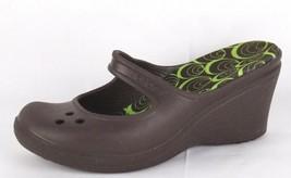 Crocs Donna Zeppa Alta Sandali Scarpe Stile Mary Jane Marrone Taglia 6 - $18.40