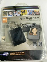 Digital Photo Album With Keychain 8Mb Rechargeable - $23.38