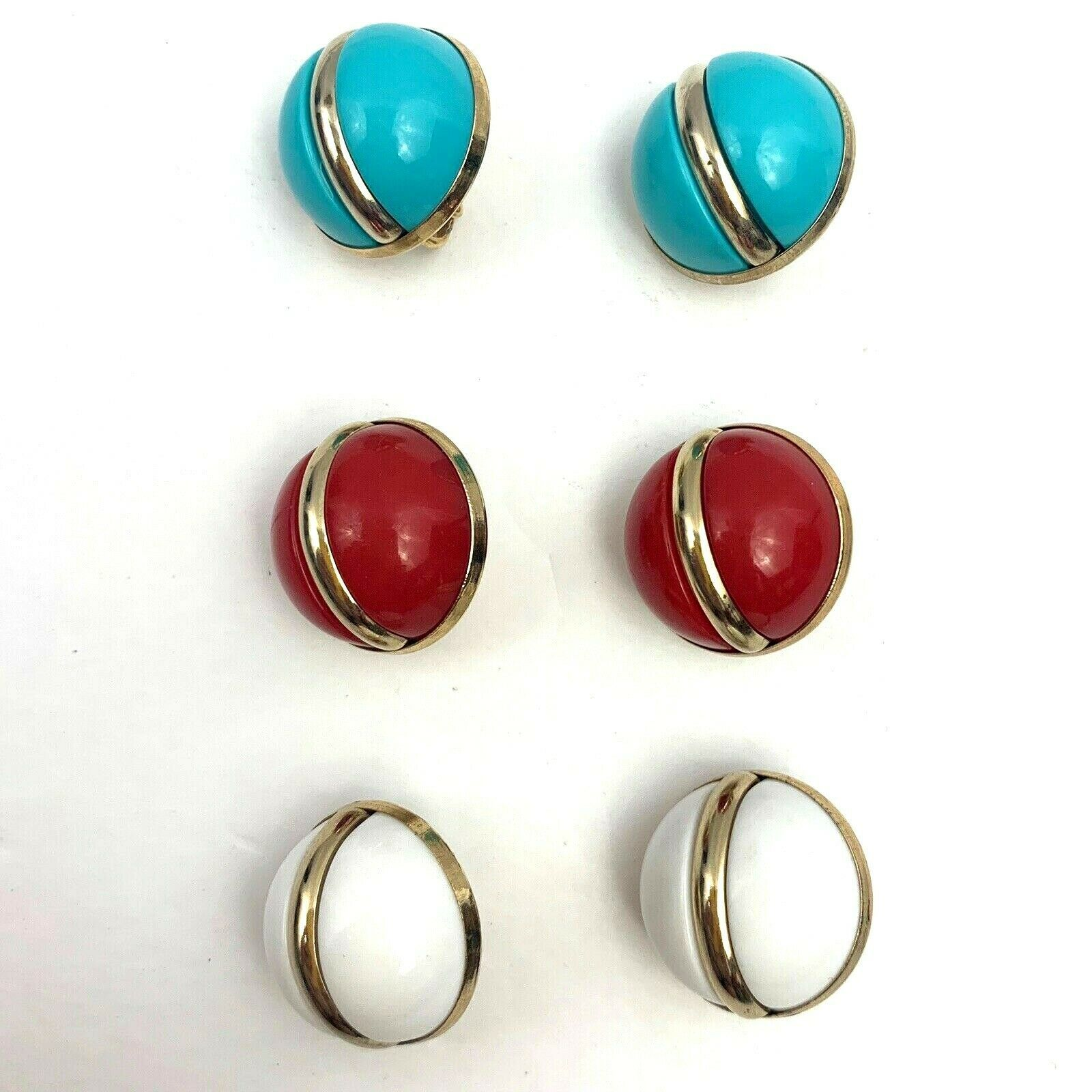 Sarah Coventry Holiday Round Plastic Clip On Earrings Lot Red Blue Vintage1966 - $24.69