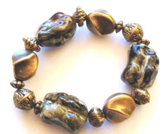 Br14 black gold chunky bead bracelet