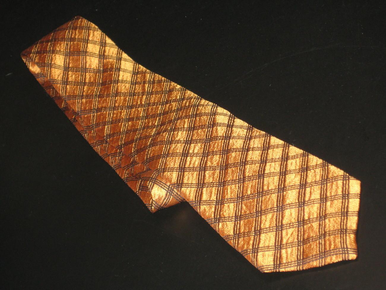 Tie guy laroche diffusion browish orange criss crossing blue lines sheen 10
