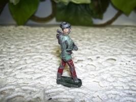 TOY SOLDIER LEAD FIGURE SOLDIER OR HOBO VINTAGE - $14.26