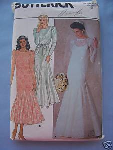 Wedding Dress w/Flounce Sz 8 Vintage Uncut Bonanza