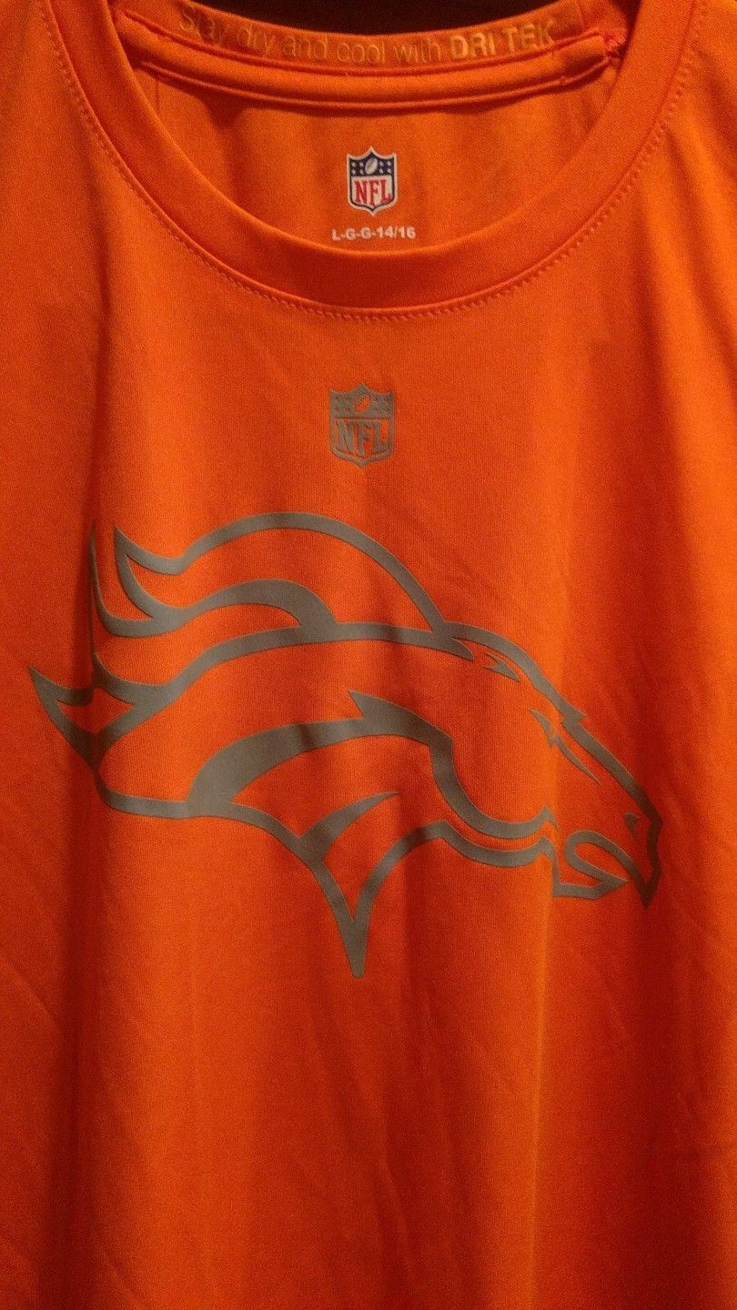 d140b0e4 Denver Broncos Youth & Kids Size Official and 50 similar items