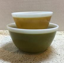 Vintage Americana Green Harvest Gold Pyrex Mixing Bowls // Retro Pyrex B... - $20.00